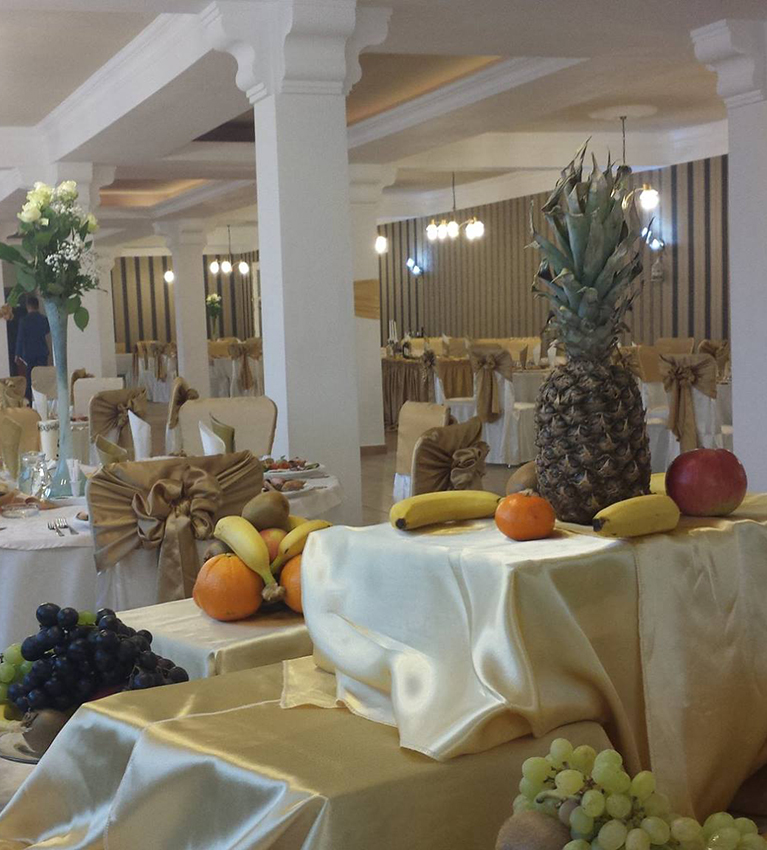 Restaurant Nunti, Botezuri - Sala Evenimente Timisoara - Aranjamente Sala 72